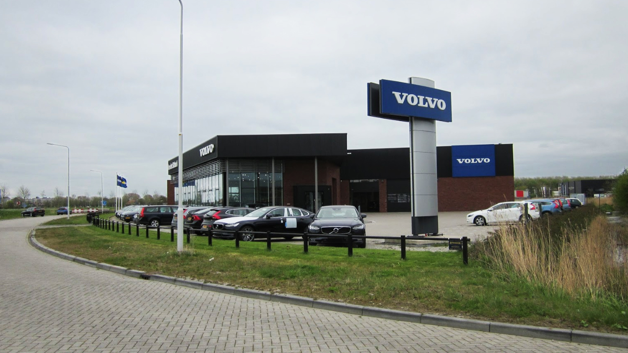 Volvo Van der Schaaf Sneek