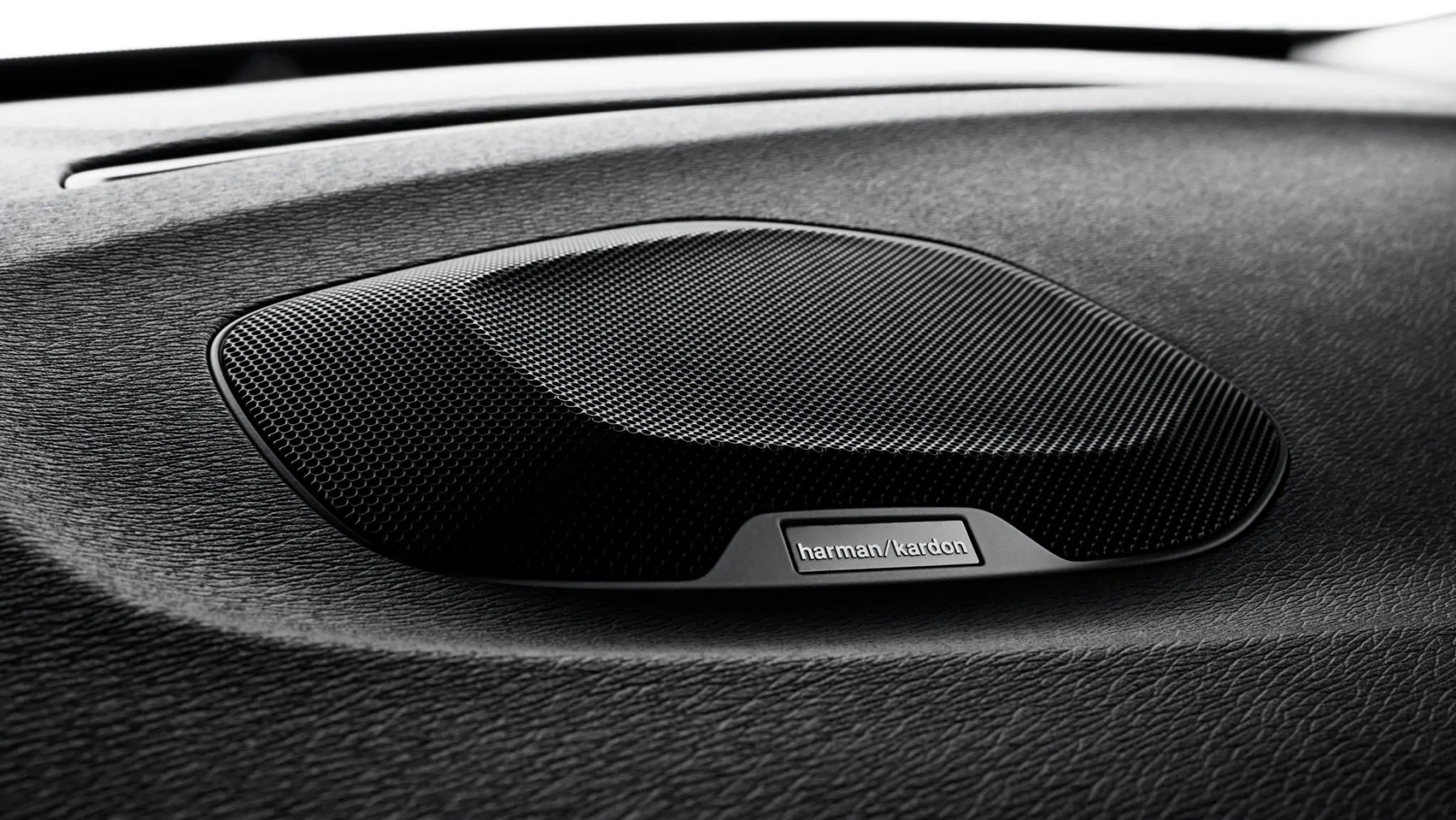 Premium audio by Harman Kardon